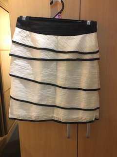 Black and white multi-layer skirt (new)
