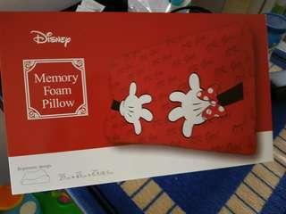 Minnie memory form pillow