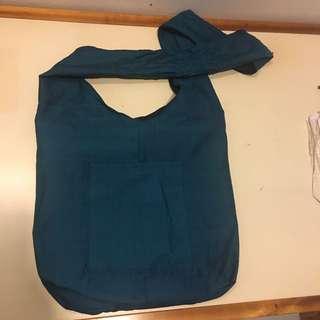Sling, crossed body fashion bag