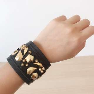 Leather studded bangle belt