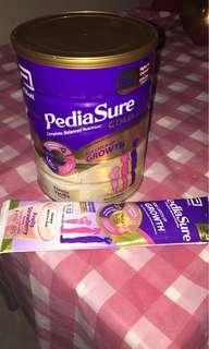 🚚 Pediasure Gold vanilla flavour used tin + free strawberry flavour 50g packet