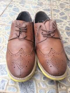 Beetlebug Brogues Shoes sz 41