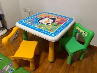🚚 Puku Table & 2 chairs