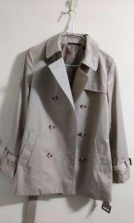 Uniqlo 啡色大衣 Trench Coat S碼 平售