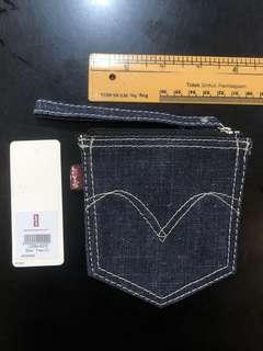 Levi's Woman Coin Holder