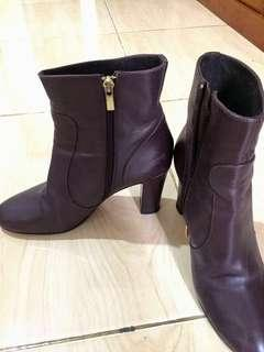 [NEGOTIABLE] ROTELLI LEATHER ANKLE BOOTS
