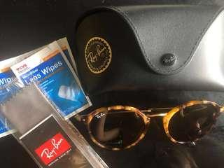 Authentic Rayban RB2447 Round Fleck Sunglasses