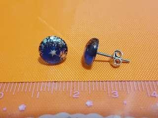 BIG SALE🎁(包郵) 藍色星星銀耳環
