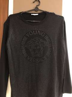 1900bddf preorder] simple Versace embroidered tee, Women's Fashion, Clothes ...