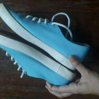 asher blue sneakers