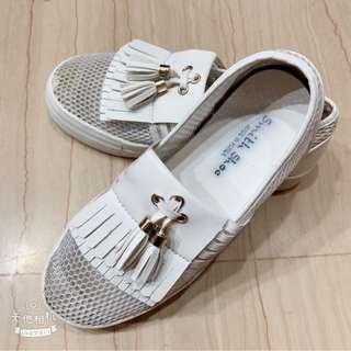 🚚 正韓小白鞋 23 流蘇鞋
