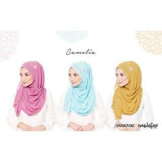 Naelofar Camelia Instant shawl