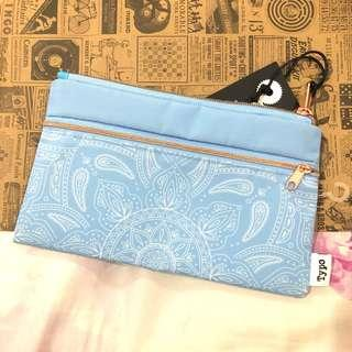 Typo Pouch NEW