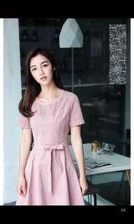 🚚 棉立方 簍空粉色短裙