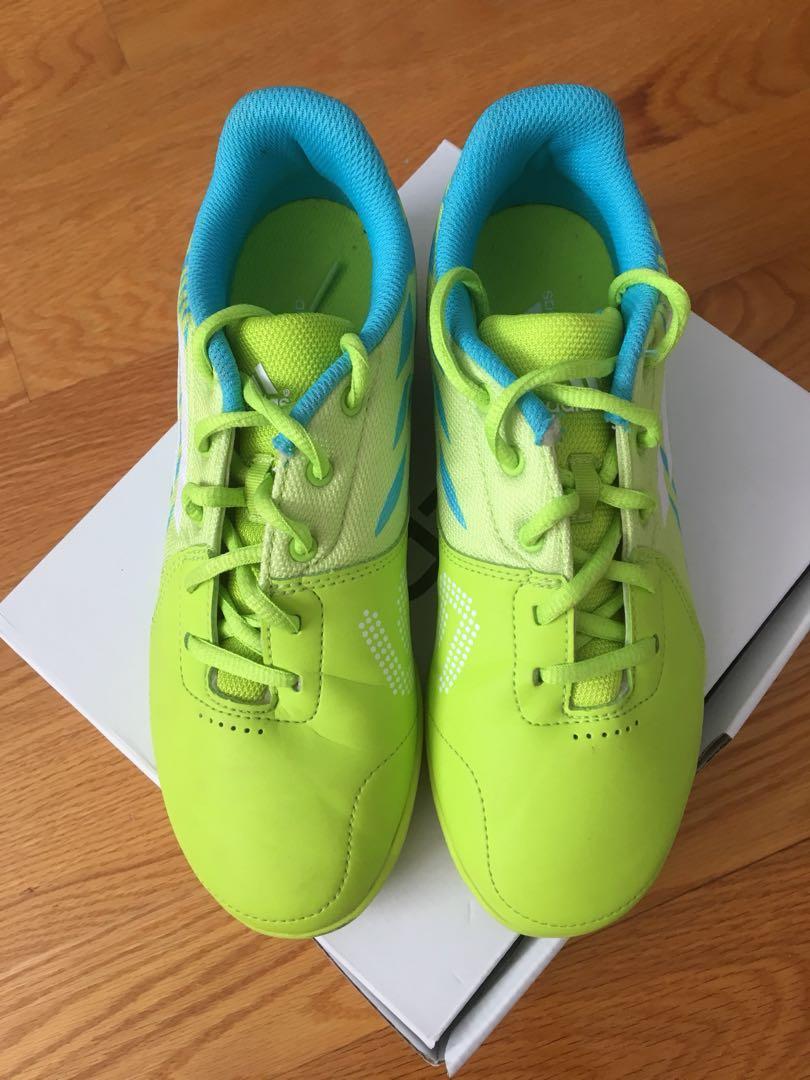 Adidas Freefootball Speedtrick Indoor Shoes (Size 5.5)