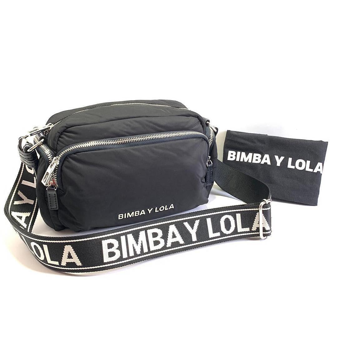 Bimba Y Lola Crossbody Bag Pocket (Black Strap Black - SHW) Size 26x16x12cm