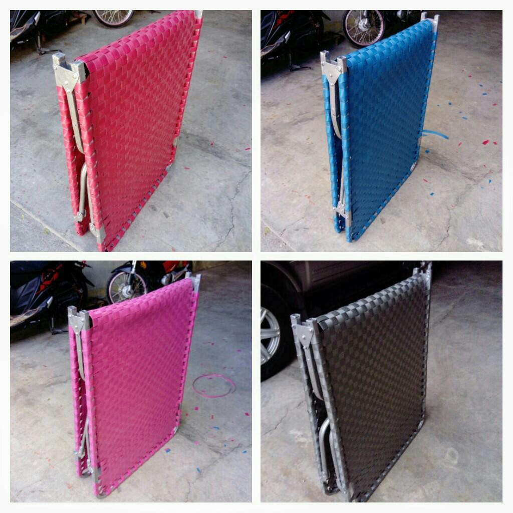 Picture of: Folding Bed For Sale Home Furniture Furniture Fixtures Others On Carousell