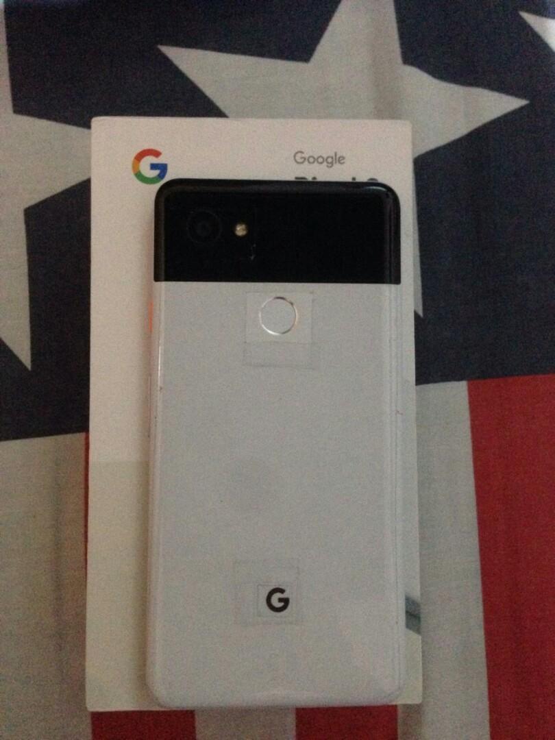 Google Pixel 2 XL 128 GB Putih (Panda)