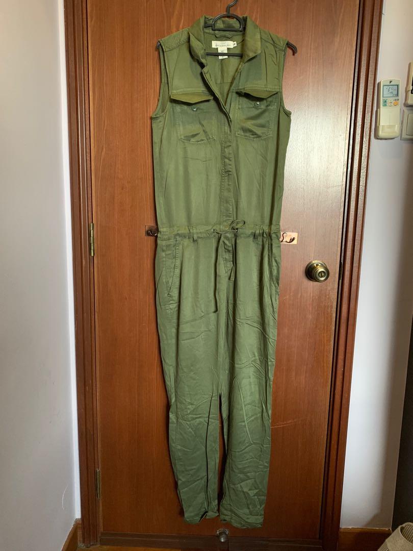 3cdf63828c2d H M Army Green Jumpsuit