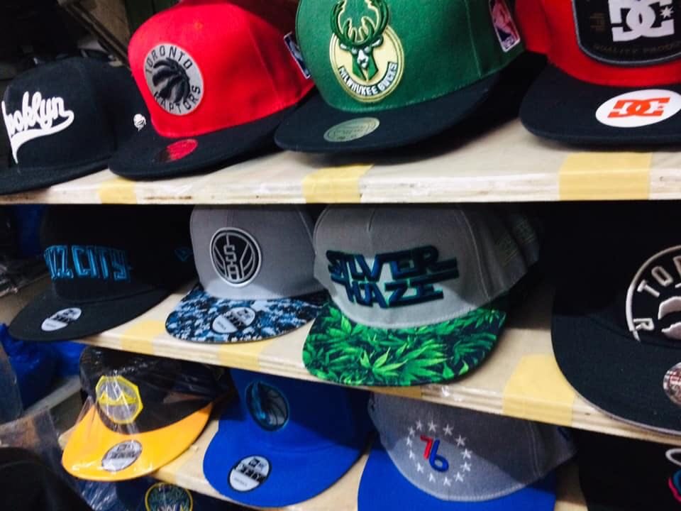 huge selection of f5c03 9c240 NBA Caps, Men s Fashion, Accessories, Caps   Hats on Carousell