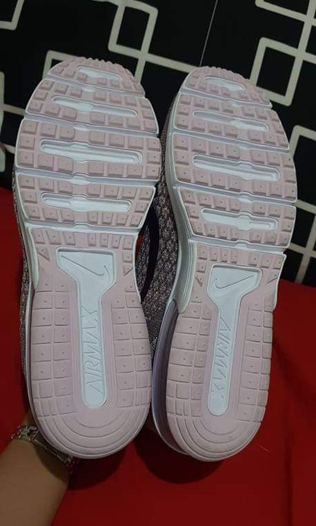 timeless design 82b96 dee6e NIKE AIRMAX SEQUENT 2, Women s Fashion, Shoes on Carousell
