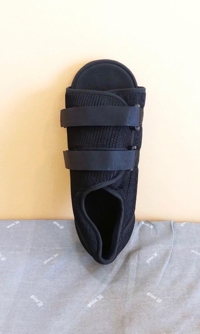 Post op mesh open toe shoe