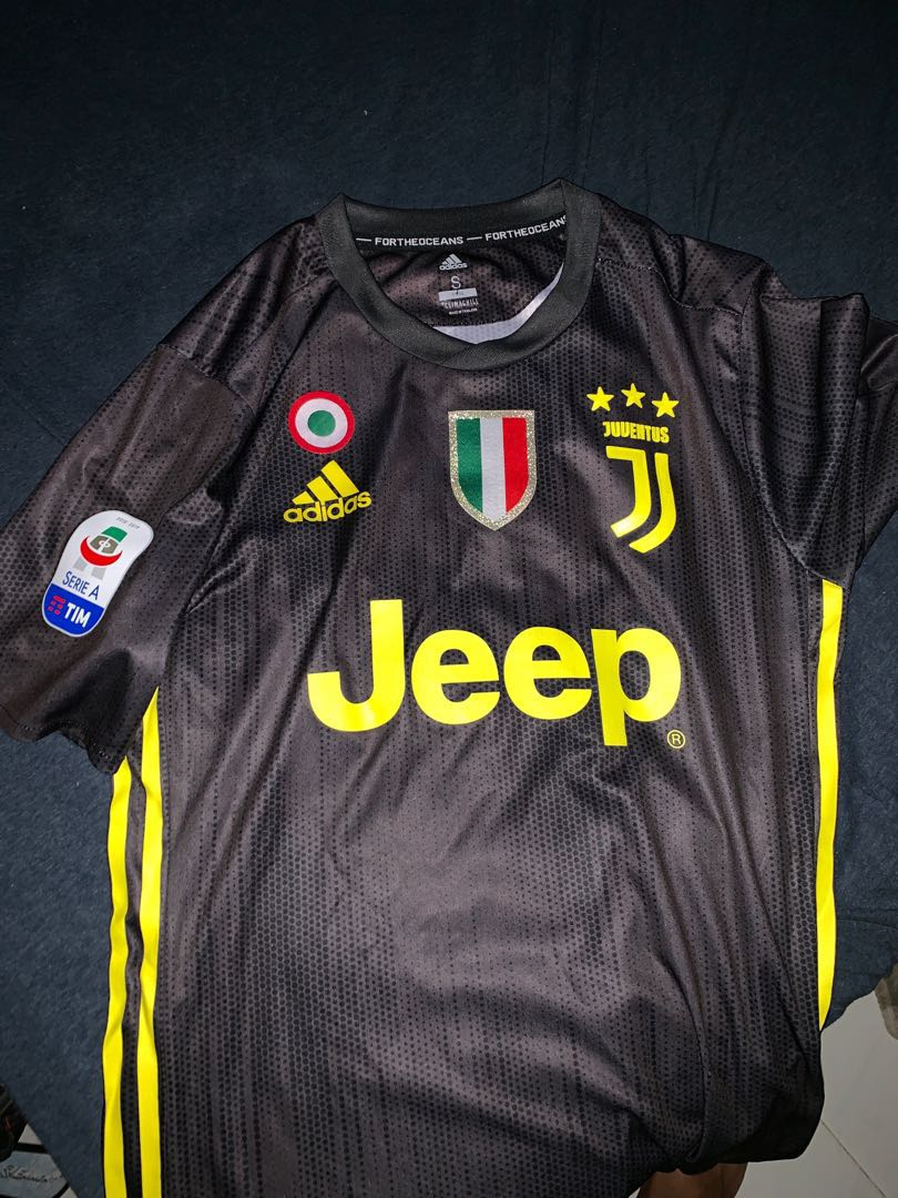 low priced f058b d10ed Ronaldo .7 Authentic player version jersey juventus