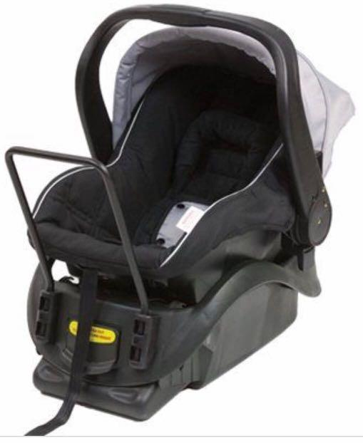 Steelcraft pram and capsule with car adapter, car seat