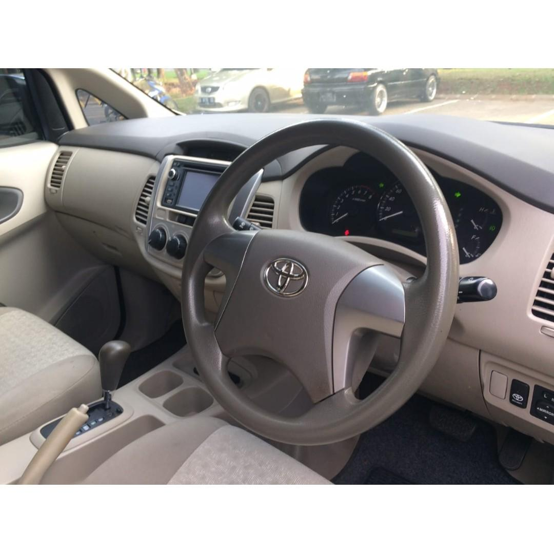 Toyota Grand Innova G AT 2012 White, DP 11,9 Jt  No Pol Ganjil