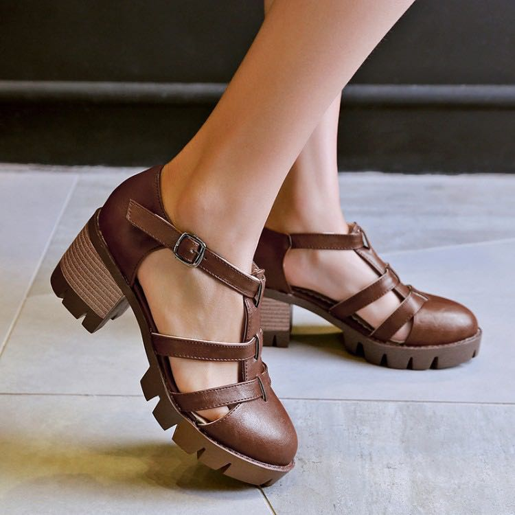 4279a014329 Trio Straps Buckle Straps Leather Roman Block Heels Sandals