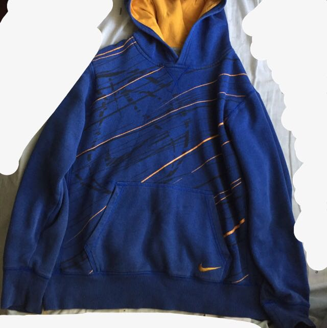 Vintage Nike blue hoodie/ pullover/ long sleeve jacket with mustard detail