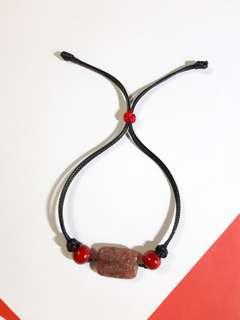 手造手繩天然石草莓水晶蜡繩自家製制設計Natural strawberry crystal stone wax cord bracelet Chinese knot red wooden beads my design jewelry