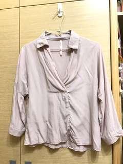 粉藕色上衣