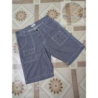 Back number denim stripe short pants