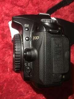 NIKON D90 + 50mm 1.8 AFD