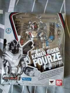 SHFiguarts Kamen Rider Fourze Magnet Stages Original (BIB)