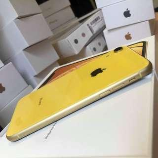 🚚 IPhone XR 64gb yellow
