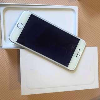 🚚 IPhone 6/64gb silver