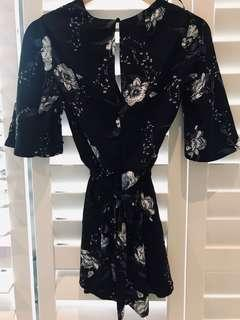 Size 8 play suit BNWT