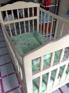 """Dream Baby"" Wooden Crib with Foam and FREEBIES"