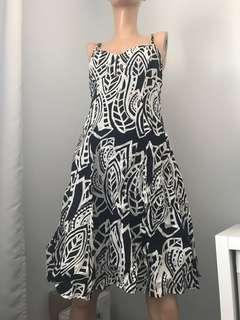 Size M Cotton Summer Dress With Black & White Print