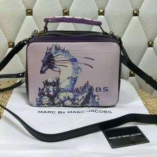 MARC BY MARC JACOBS SLING BAG