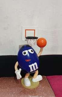 Preloved Special edition M&M chocolate as a basketball player for collection