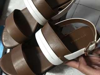 Sepatu sendal urban&co