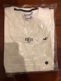 BNWT Hollister V-Neck White t-shirt