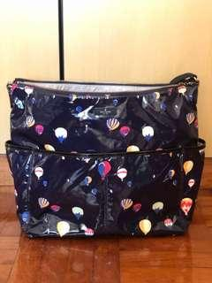 🚚 Kate Spade baby bag for sale. Like new!