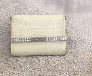 Preloved Authentic Samantha thavasa trifold wallet