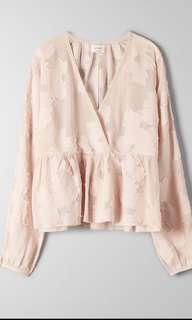 Ariztia Augustine blouse size small