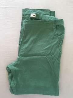 Hana Tajima Uniqlo Pants