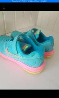 Girl Shoes Nike